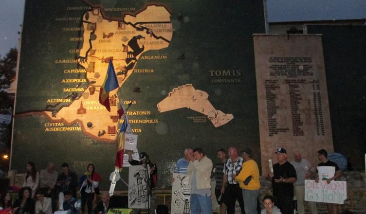 Manifestaţii antifracturare la Harta Mozaic din Constanţa (august, 2015)